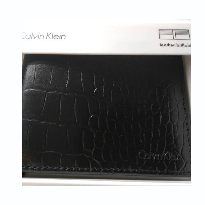 f5aac1c27 Billetera Calvin Klein Hombre 7120 - Mabel Importaciones